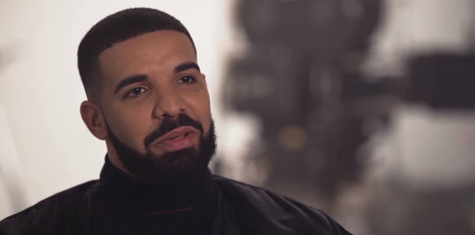 "Drake Says ""Free Meek Mill"" During Concert In Australia (Video)"