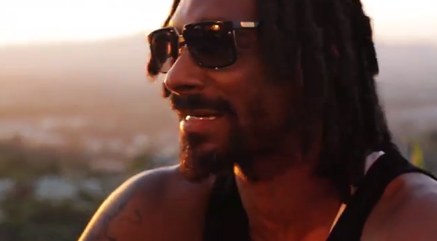 Snoop Lion Ft. Akon - Tired Of Running (Official Music Video)